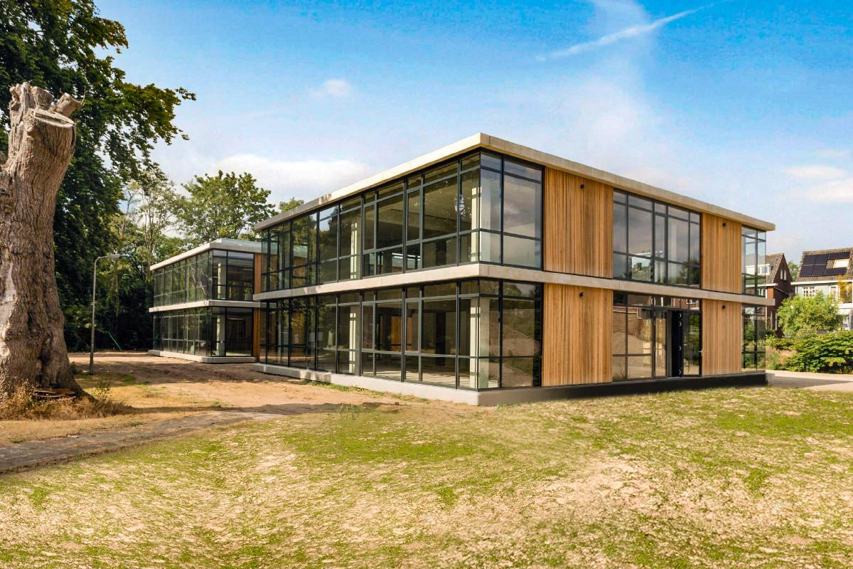 Startsein bouw modern kantoorpaviljoen Domein Zuiderbosch